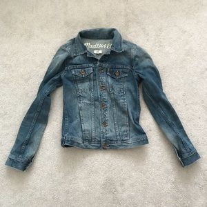 Madewell. The Jean Jacket. Blue Denim.